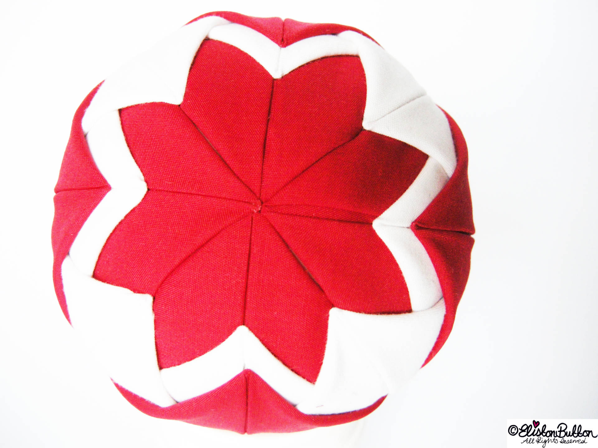 Red and White Quilted Fabric on the Ball - Quilted Christmas Baubles - A Tutorial at www.elistonbutton.com - Eliston Button - That Crafty Kid – Art, Design, Craft & Adventure.