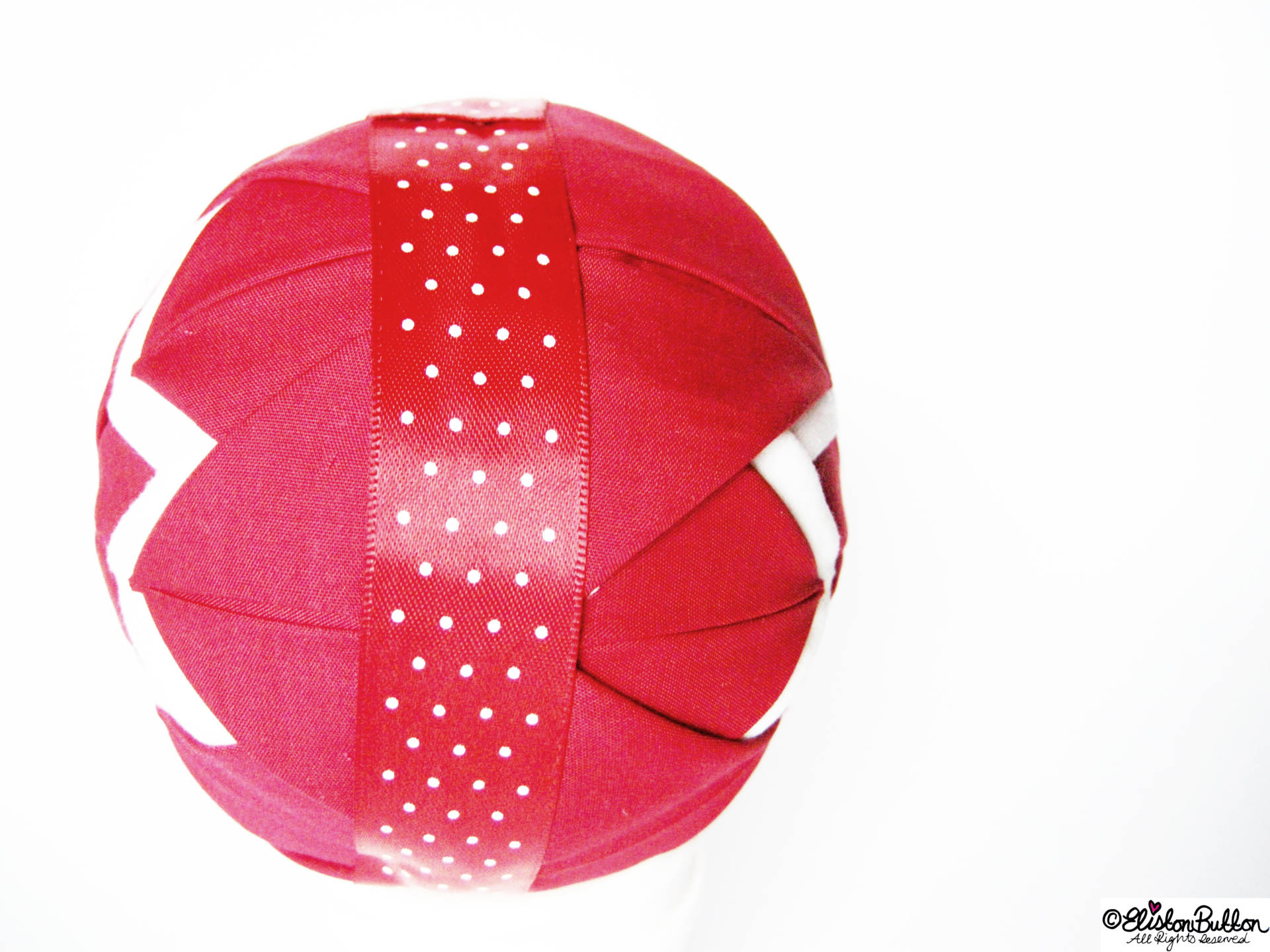 Wrapping Ribbon around the Bauble - Quilted Christmas Baubles - A Tutorial at www.elistonbutton.com - Eliston Button - That Crafty Kid – Art, Design, Craft & Adventure.