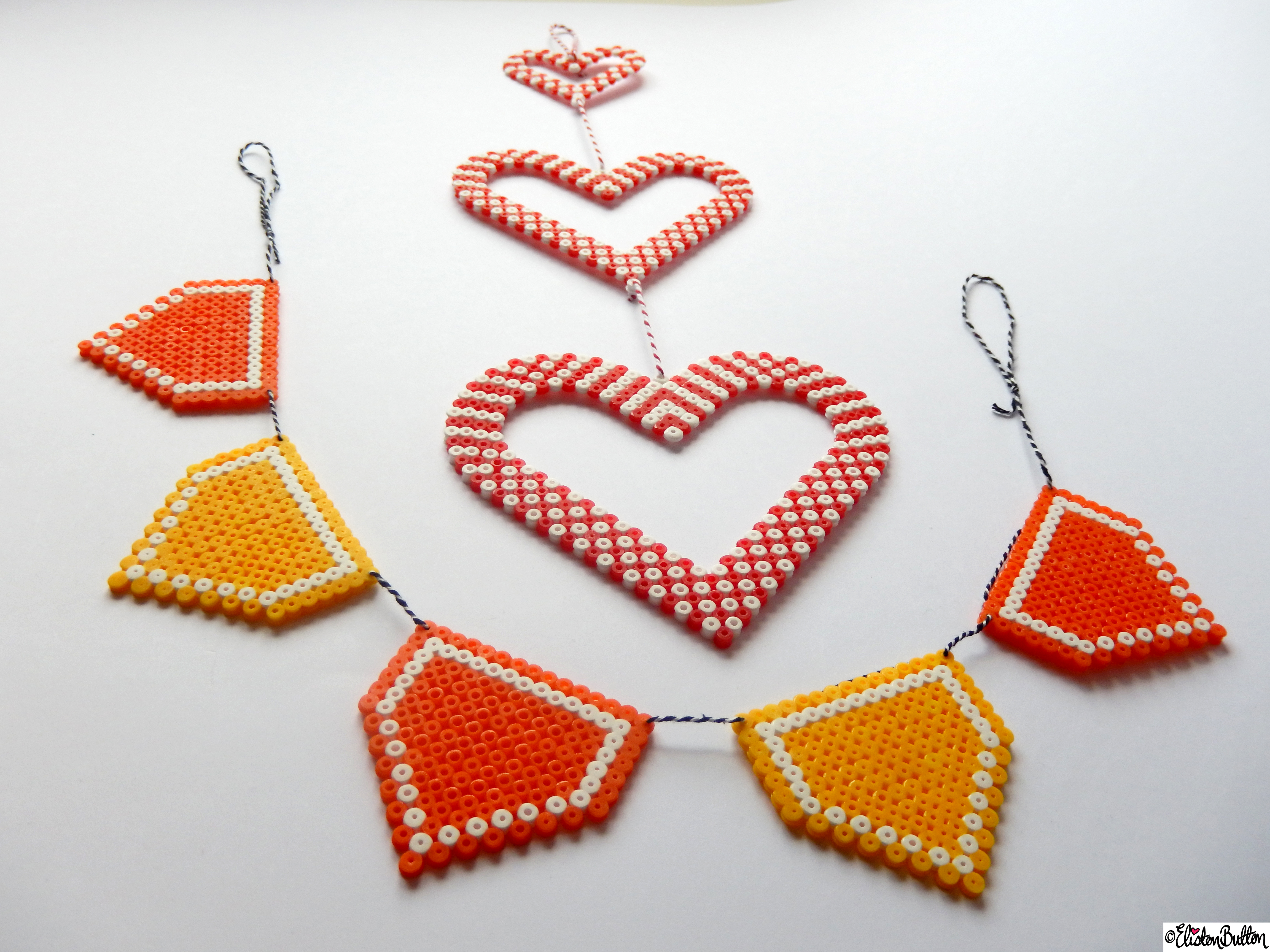 Picture Bead Wall Hanging Bunting and Hearts - Create 28 - No. 11&12 - Picture Bead Wall Hangings at www.elistonbutton.com - Eliston Button - That Crafty Kid – Art, Design, Craft & Adventure.
