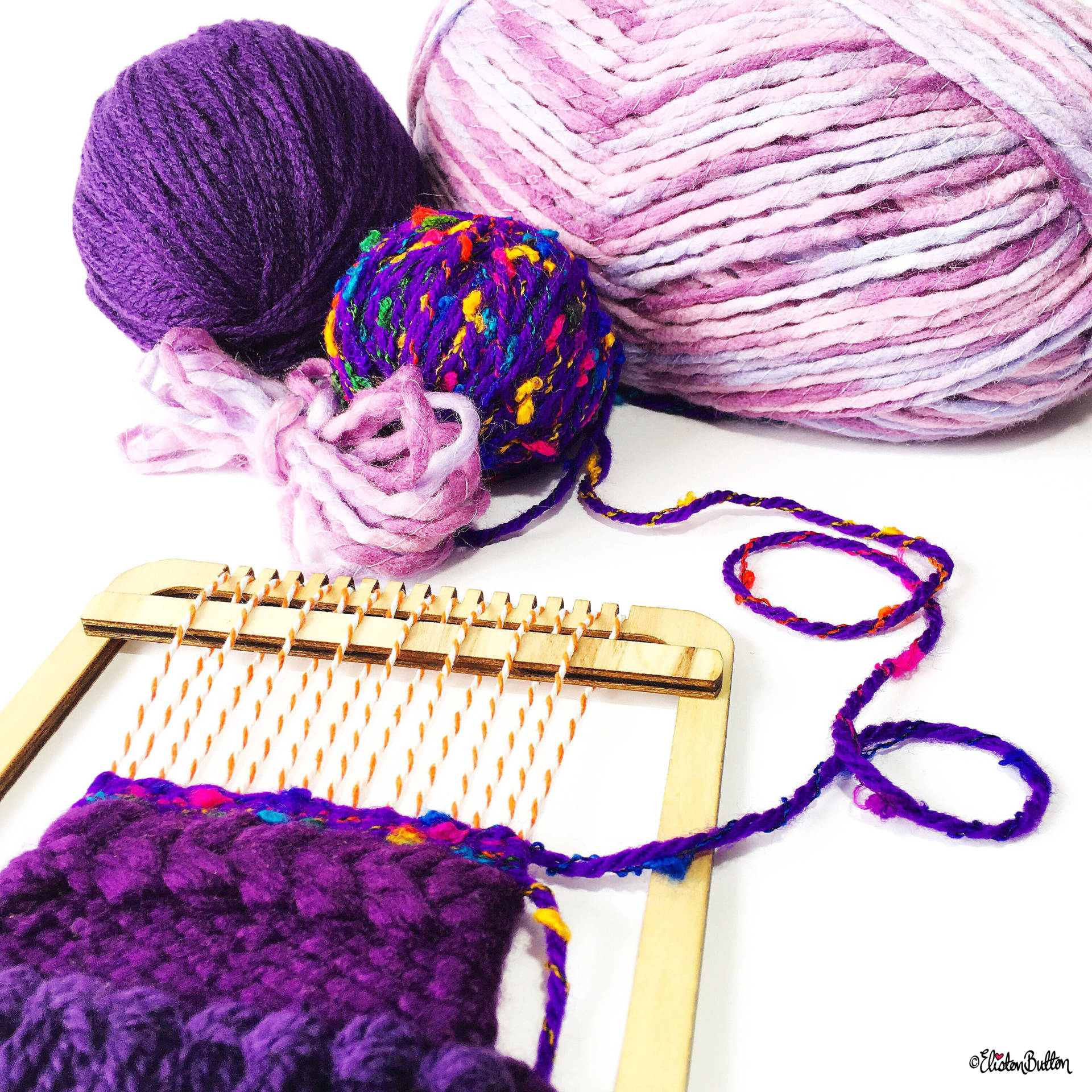 Day 12 - L is For...Loom - Purple shades of Woven Yarn on a Mini Loom - Photo-a-Day - July 2016 - Eliston Button A-Z of Craft at www.elistonbutton.com - Eliston Button - That Crafty Kid – Art, Design, Craft & Adventure.