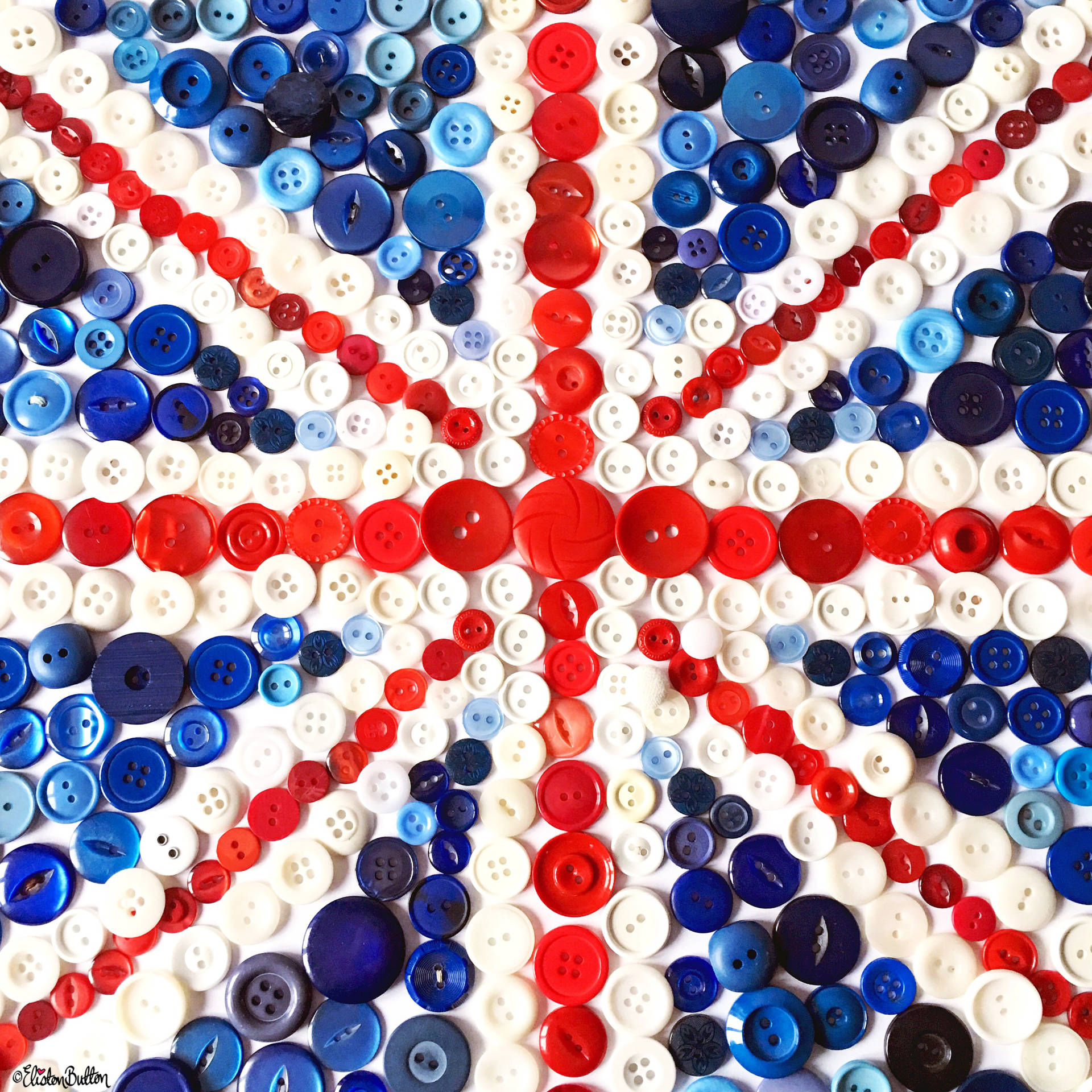 Day 26 - My Country - Button Art Union Jack Flag - Photo-a-Day – October 2016 at www.elistonbutton.com - Eliston Button - That Crafty Kid – Art, Design, Craft & Adventure.
