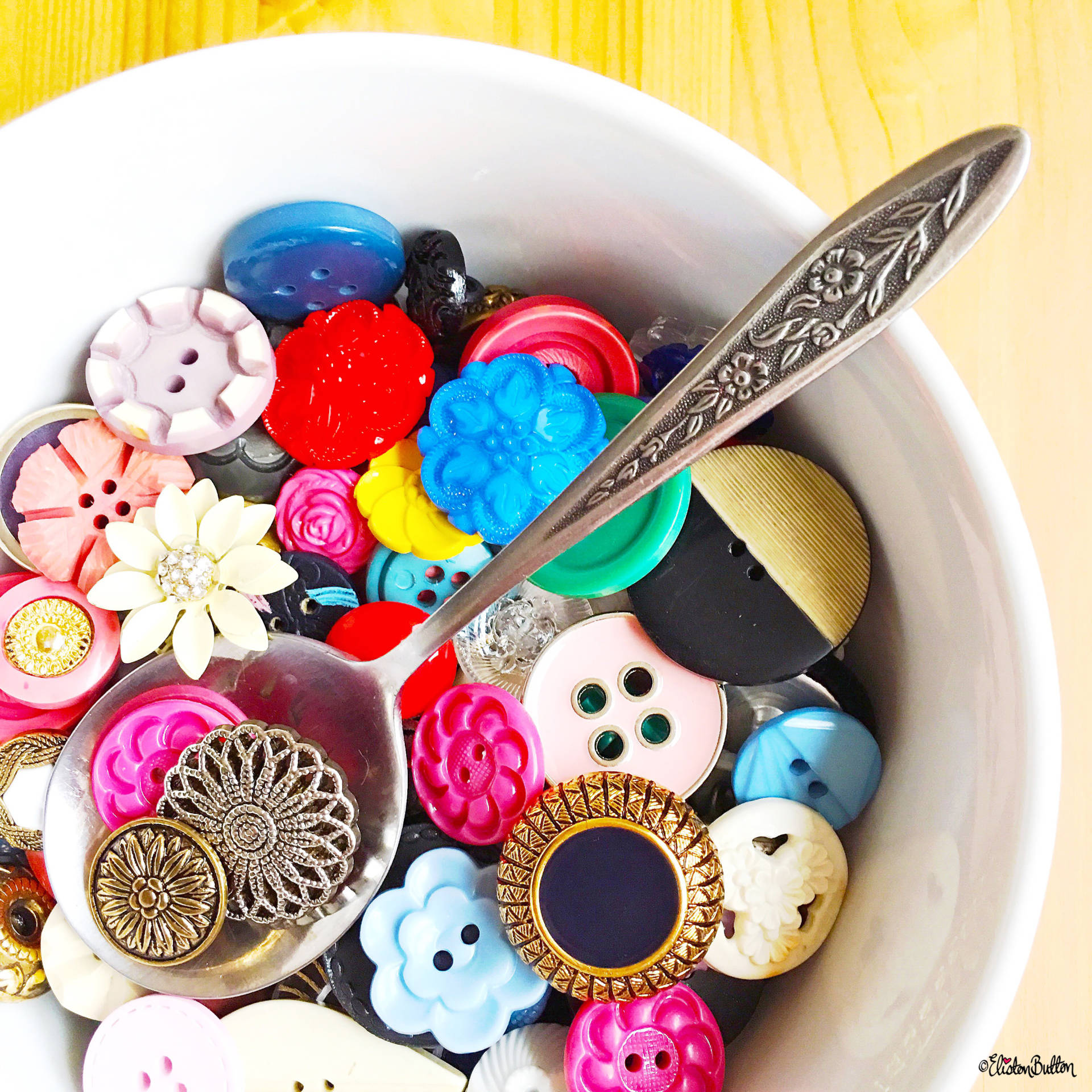 Day 28 - Spoon - A Spoon Full of Buttons! - Photo-a-Day – October 2016 at www.elistonbutton.com - Eliston Button - That Crafty Kid – Art, Design, Craft & Adventure.