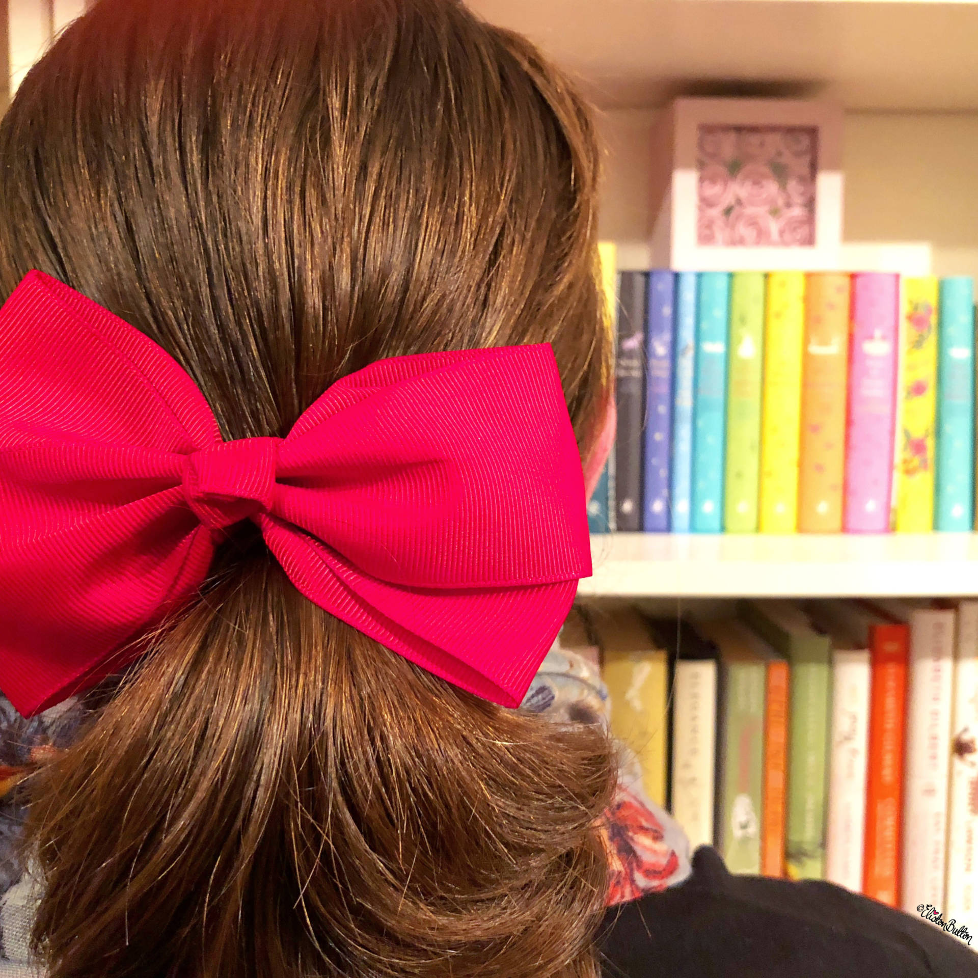 Red Giant Hair Bow and Rainbow Bookcase - For the Love of…Christmas at www.elistonbutton.com - Eliston Button - That Crafty Kid – Art, Design, Craft & Adventure.